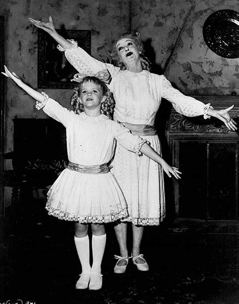 bettie davis daughter review bette davis in whatever happened to baby jane 1962