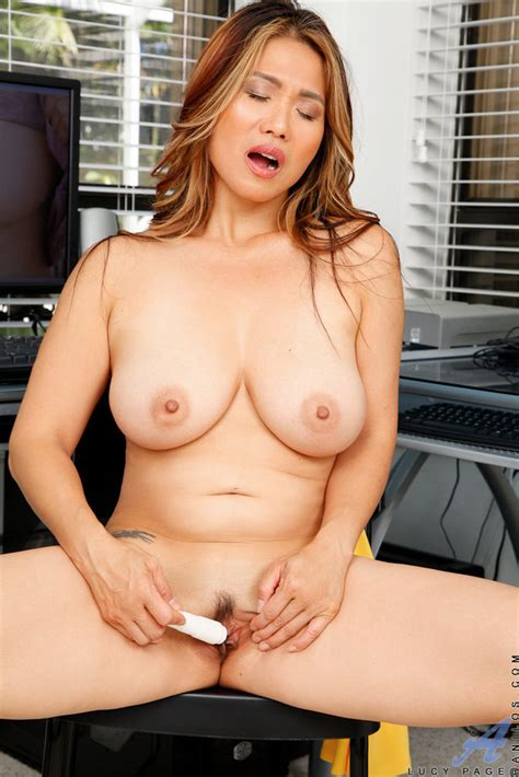 busty Asian milf Lucy Page Toying Her Juicy Cunt 1 Of 1