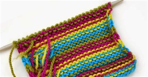 weaving in ends knitting so i make stuff knit tips weaving in ends as you knit