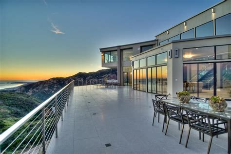 beach home in malibu colony california luxury homes