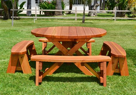 wood picnic table  wheels  redwood