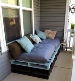 meubles en palettes de bois comment un canap 233