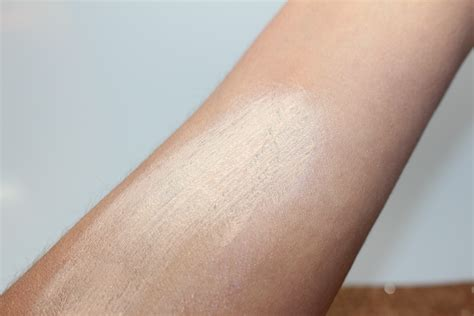 hourglass ambient light correcting primers review hourglass mood light primer review www lightneasy net