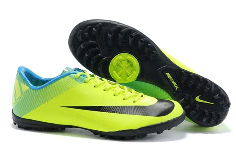 Sepatu Futsal Yang Baik tips memilih sepatu futsal yang baik villa di puncak