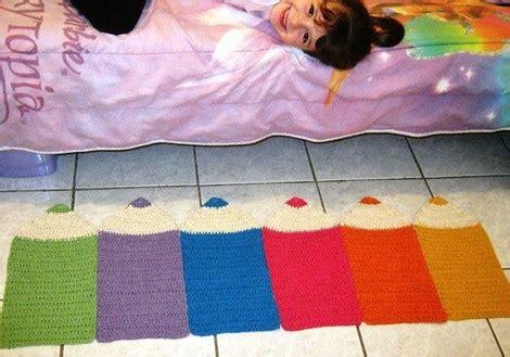Karpet Bulu Bentuk Ikan tikar mandi untuk merenda