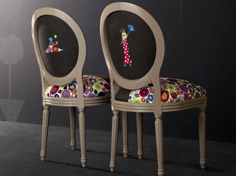 chaise medaillon de louis xvi  philippe starck