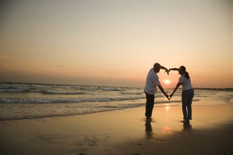 images of love of couple love couple wallpaper love couple wallpapers best 2