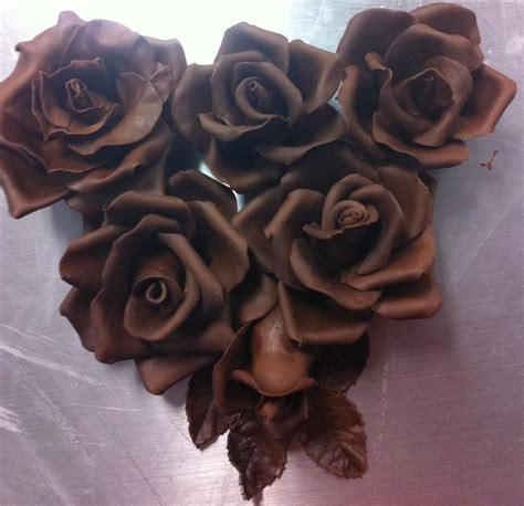 chocolate roses cakes to dream on