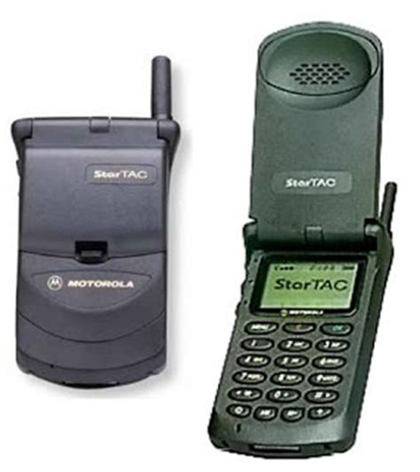 Hp Motorola Clamshell handphone motorola startac 75 considered a miniature miracle