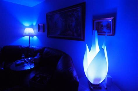hue with philips living colors philips hue a wireless control of your lights isn t it