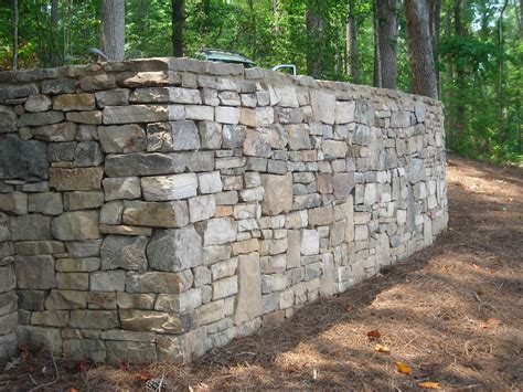 Rock Retaining Wall Jeff Bodine Masonry Photos Fireplaces Bbq Stations