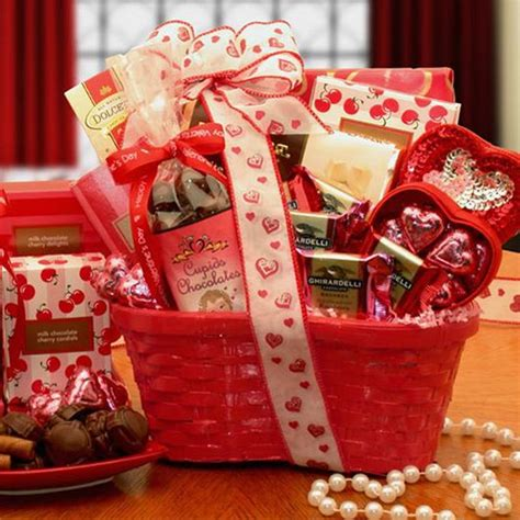 gift baskets for valentines best 25 diy s gift baskets ideas on