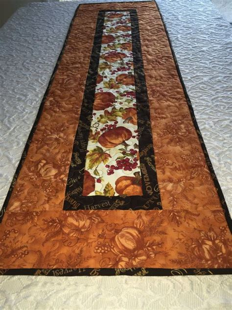 Best 25 Quilted Table Runners Ideas On Table - best 25 thanksgiving table runner ideas only on