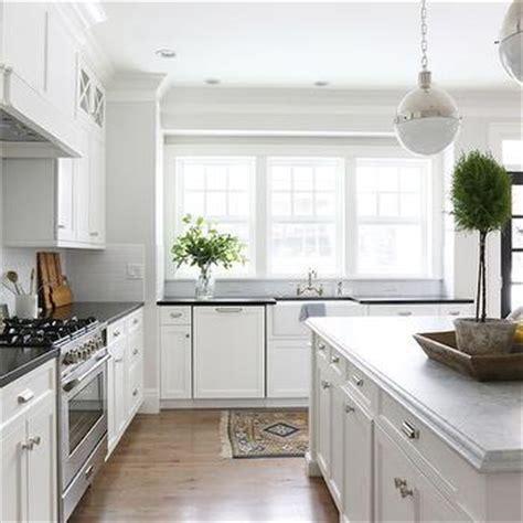 simply white kitchen cabinets restoration hardware duluth pull design ideas