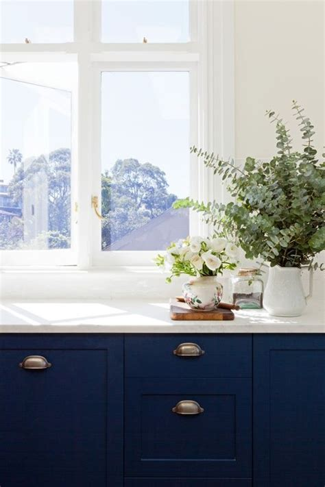 navy kitchen cabinets blue cabinets navy love home sweet home pinterest