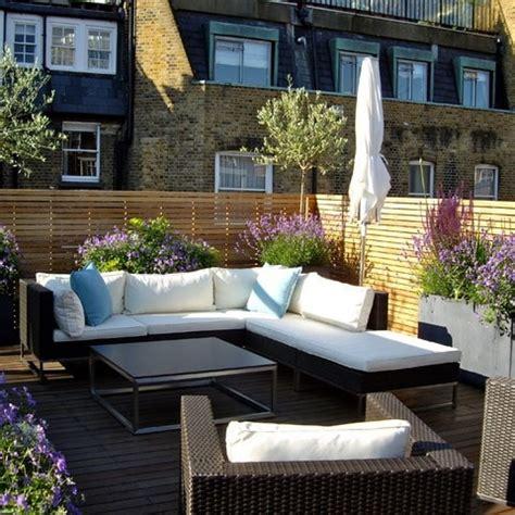 divani da terrazzo arredamento terrazzo suggestioni moderne e di tendenza