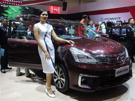 Custom Cover Mobil Grand Livina Sarung Mobil Grand Livina nissan grand livina didiskon rp 30 juta berita otomotif mobil123