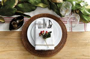 15 holiday place setting ideas how to decorate