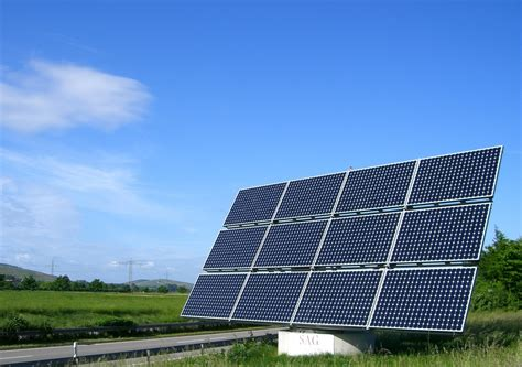 solar energy power 5 mind blowing and extraordinary uses of solar panels ways2gogreen