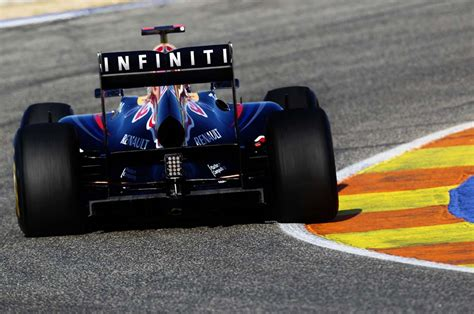 f1 infiniti infiniti partnering up with bull f1 team