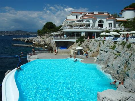 hotel du cap eden roc jaw dropping pools digital photopix