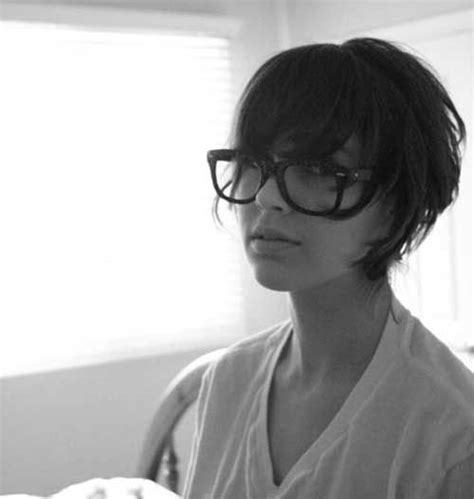 hairstyles for round face with glasses bangs short hairstyles for round faces 5 hair