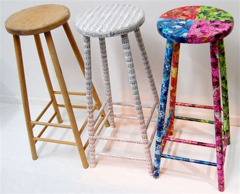 Decoupage Stool - refurbished re ved stools using paper decopatch
