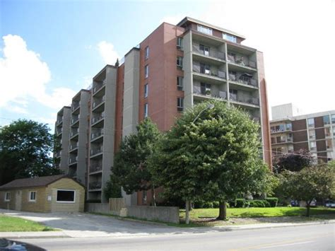 appartments in windsor alexander park apartments windsor ontario apartment