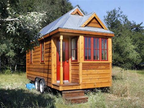 The Compact Style Of Tiny Tumbleweed Homes Tumbleweed Tiny Houses