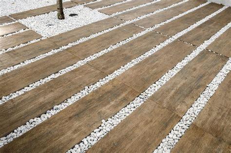 Gres Porcellanato Grigio Effetto Legno by Pavimento Per Esterni Effetto Legno Rovere Grigio
