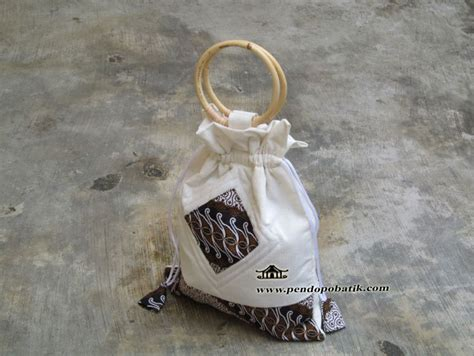 Tas Haji Plastik Tas Souvenir Oleh Oleh Haji Umroh tas haji souvenir oleh oleh haji pendopo batik