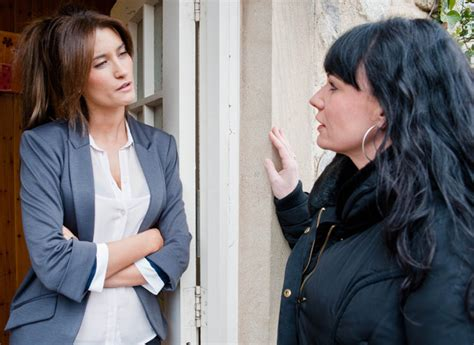 lucy pargeter emmerdale viewers will be shocked and emmerdale lucy pargeter on chas dingle s shock