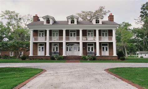 Colonial Home Style Southern Colonial Style Home Dutch Colonial Style Homes