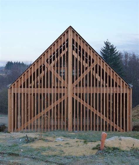 Construire Une Grange by 17 Meilleures Id 233 Es 224 Propos De Granges Revisit 233 Es Sur