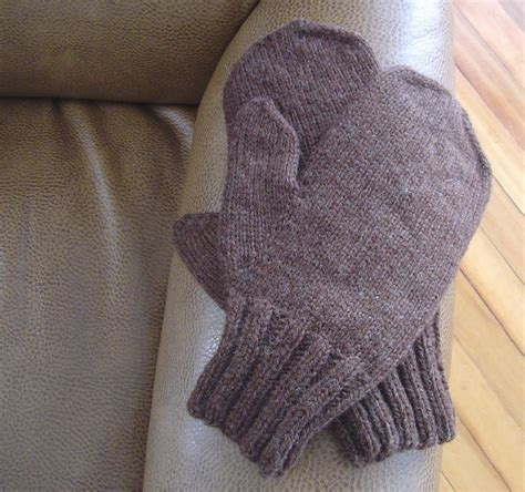 knitting pattern errors alex s mittens knitting pattern by rebekkah kerner