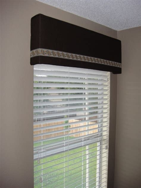 Modern Window Cornice Cornice Board With Trim Modern Window Treatments