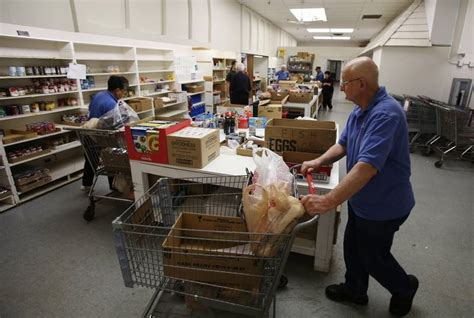 Fish Food Pantry Carpentersville fish food pantry hopes for turkey donations dailyherald
