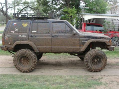 muddy jeep cherokee jeep cherokee mudding related keywords jeep cherokee