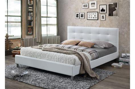 lit 160 blanc lit blanc avec t 234 te de lit capitonn 233 e 160 tulius design
