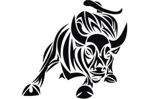 черно белый эскиз татуировки в виде быка