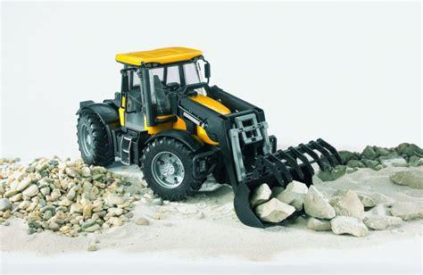 Siku Traktor 2831 by Bruder 3031 Traktor Jcb Fastrac čeln 237 Nakladač Easytoys Cz