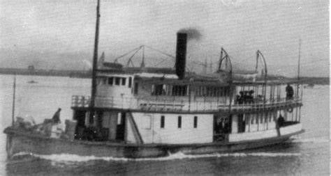 steam boat horn crest steamboat 1900 wikipedia