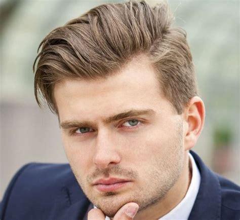 model gaya rambut pendek pria sesuai bentuk wajah