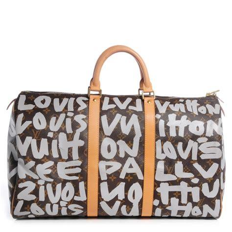 Clutch Louis Vuitton 2049 Clutch Burberry 2050 louis vuitton stephen sprouse graffiti keepall 50 silver 66653