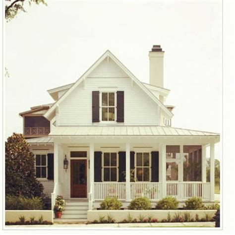 wrap around porch dream homes pinterest white farmhouse with wrap around porch i love wrap