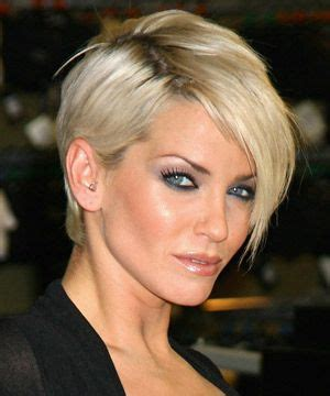 short coiffed hairstyles female executive top 25 ideas about short hair on pinterest short pixie