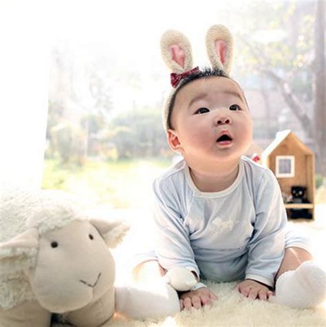 new year baby song song il sends lunar new year greeting with adorable