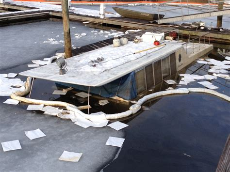 fast houseboat norwalk police houseboat cleanup was seamless nancy