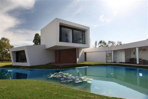 staticzzz future houses