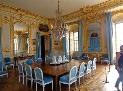 tour the dining room of the palace of versailles travel
